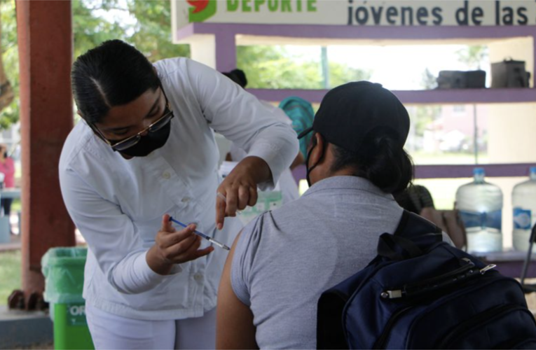 Treintones de Playa del Carmen ya tienen fecha para la vacuna COVID