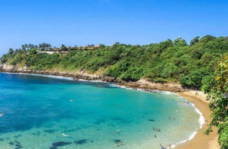 Cierran playas de Puerto Escondido, Oaxaca, por tercera ola de covid