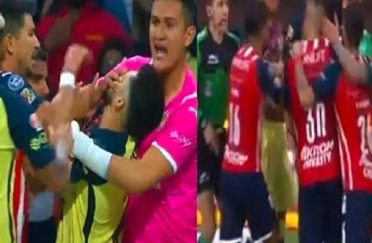 Clásico Nacional: América y Chivas emocionan por empujones y piquete de ojos, pero empatan sin goles