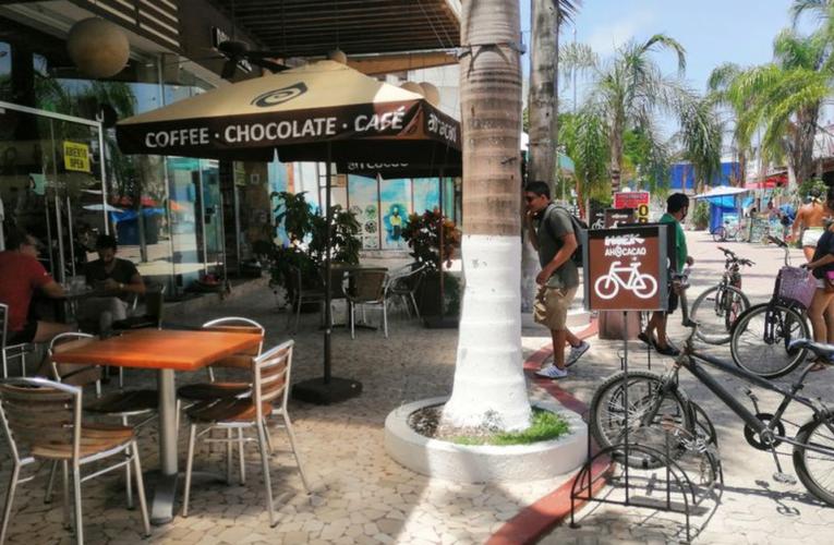 Restaurantes en Playa del Carmen, nuevamente sin comensales