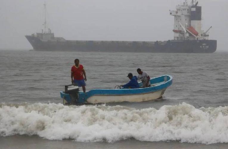 Encuentran cuerpo en Acapulco; podría ser de uno de los 6 pescadores desaparecidos